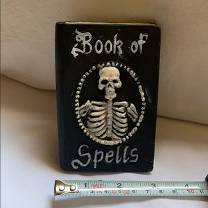 "💀4.5"" tall Halloween Book Of Spells Creepy Cement"